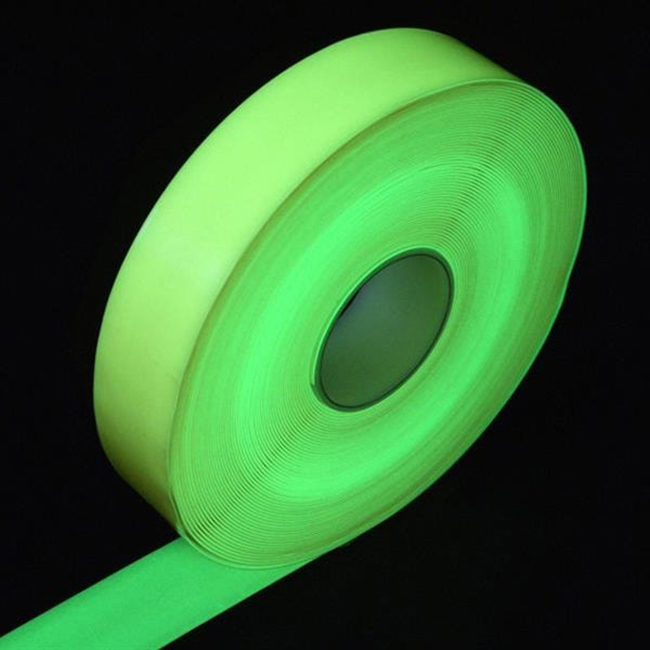 Anti-slip-safety-grip-tape-25mm-glow-in-the-dark-luminescent-2
