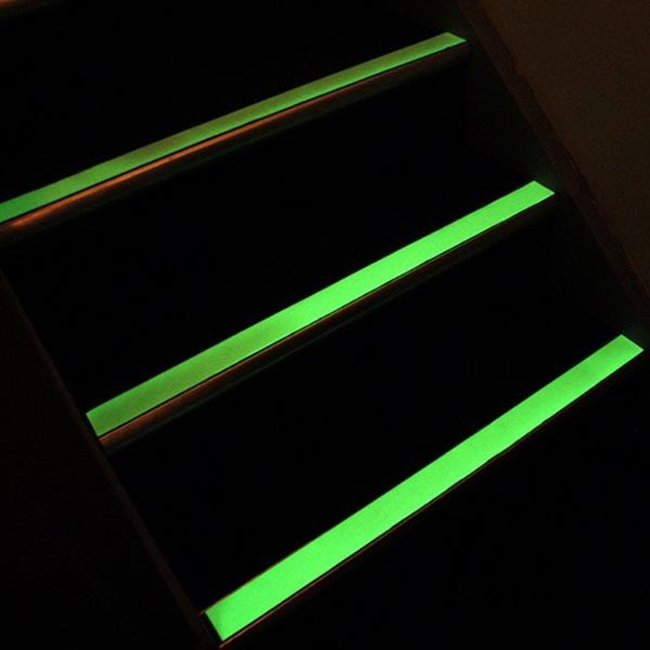 Anti-slip-safety-grip-tape-25mm-glow-in-the-dark-luminescent-3